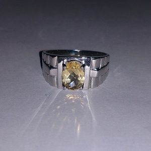 Beautiful sterling silver and citrine ring 10